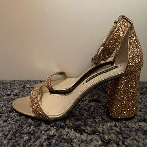 Alice+Olivia Lillian Gold Glitter Heels